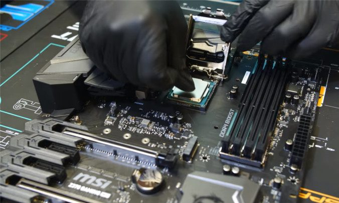 Installing CPU