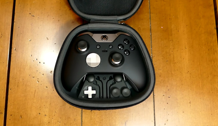 Xbox One Elite Controller Box Content
